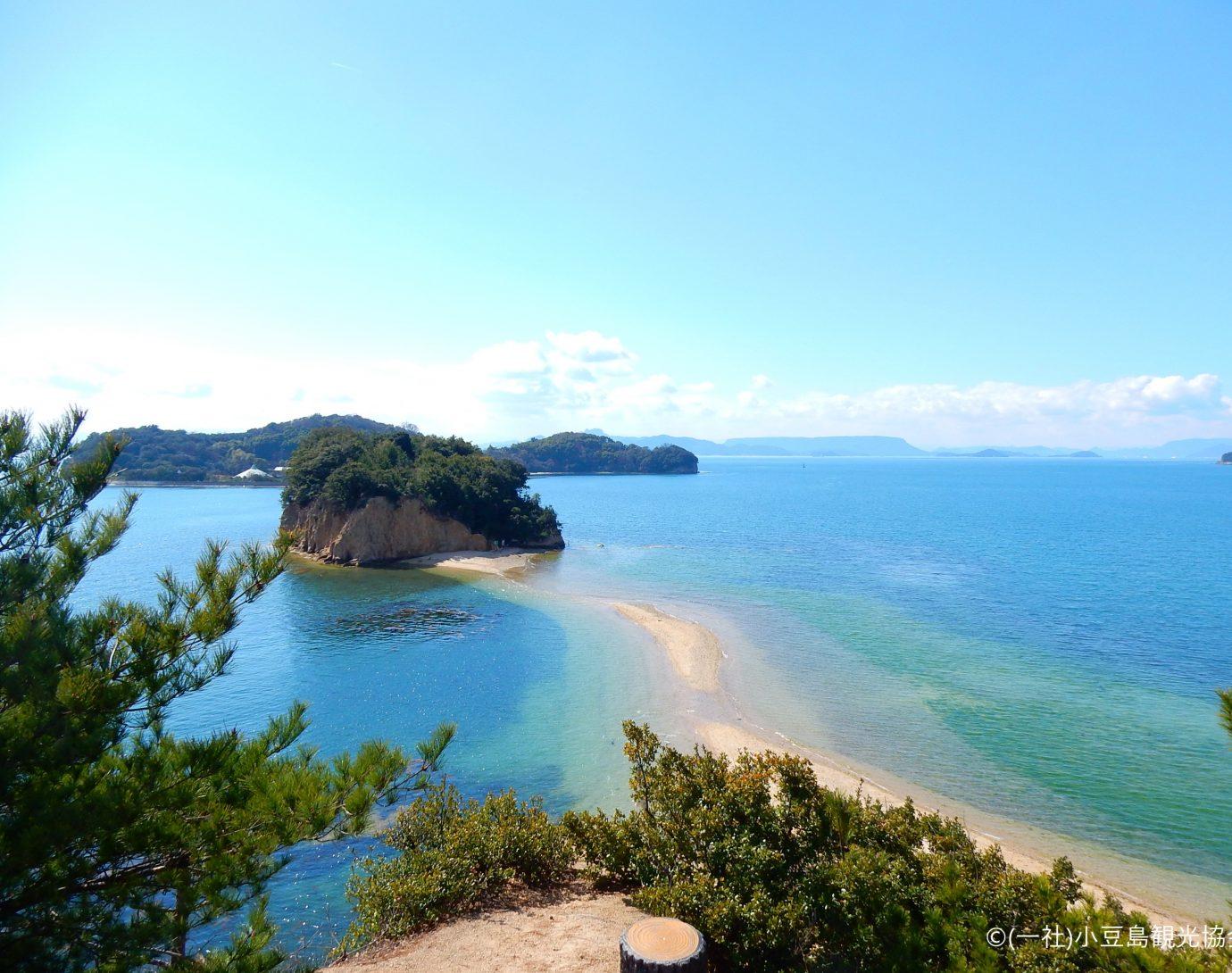 小豆島 オリーブだけじゃない。<br /> 瀬戸内海に浮かぶ、自然や食文化が豊かな、どこか懐かしい島